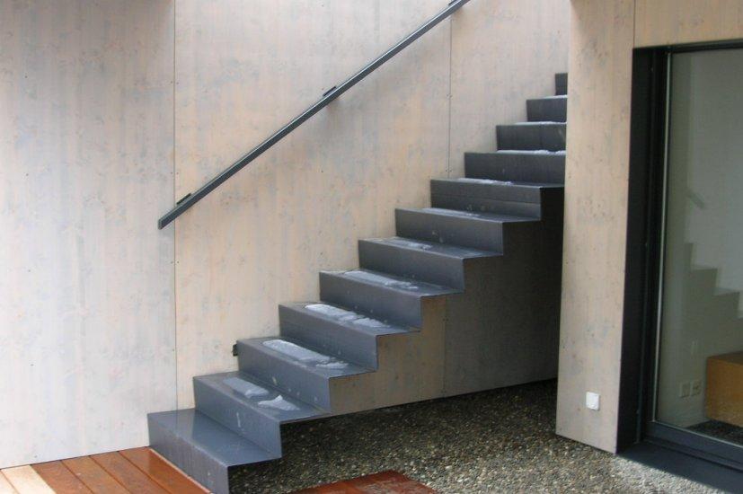 MetallDesign Treppe Blechstufen