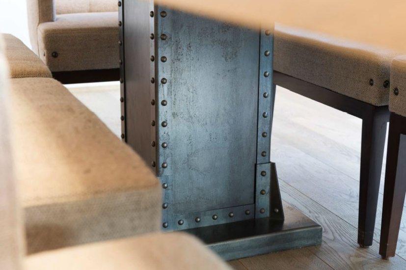 MetallDesign Esstisch Tischfuss genietet