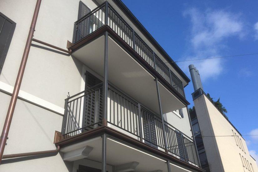 Balkonanbau Strasse